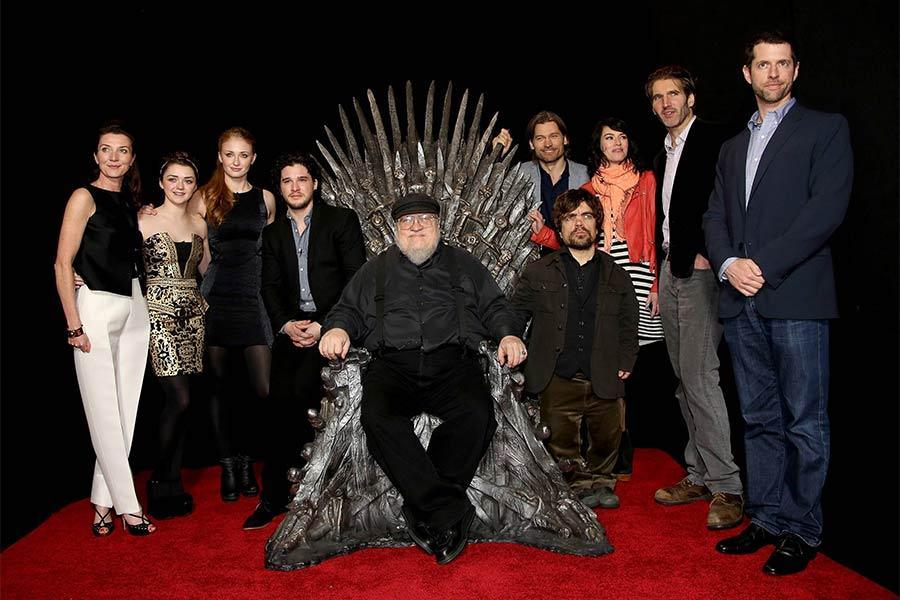 Attori-della-Serie-Tv-Game-of-Thrones-stag.-8-e-Romanziere-George-R.-R.-Martin